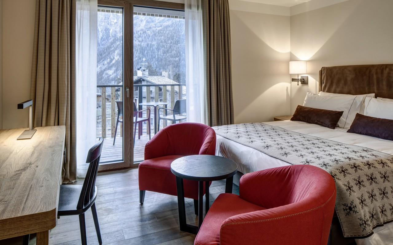 Quarto Deluxe do Grand Hotel Courmayeur Mont Blanc *****